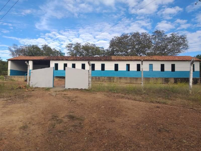 Prefeitura de Redenção entrega reforma de mais uma escola