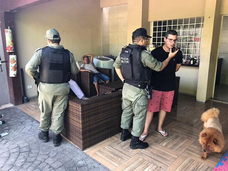 PI: Bandidos invadem casa de vereador, rendem família, e fazem arrastão