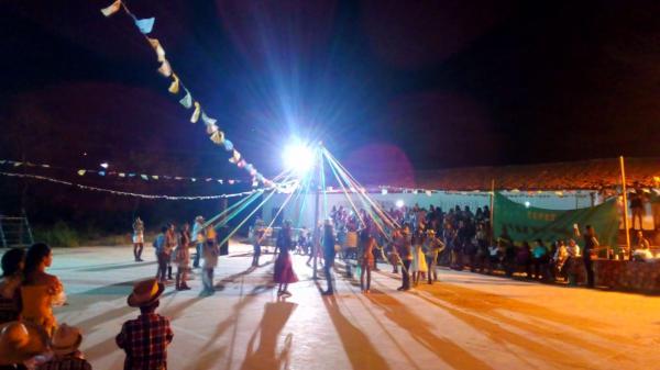Escola Joaquim Figueiredo comemora festividades de São João