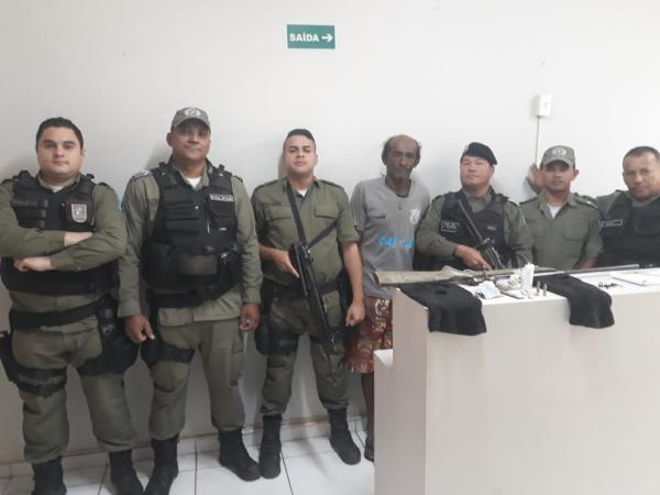 Polícia prende TRAFICANTE de drogas em Monte Alegre