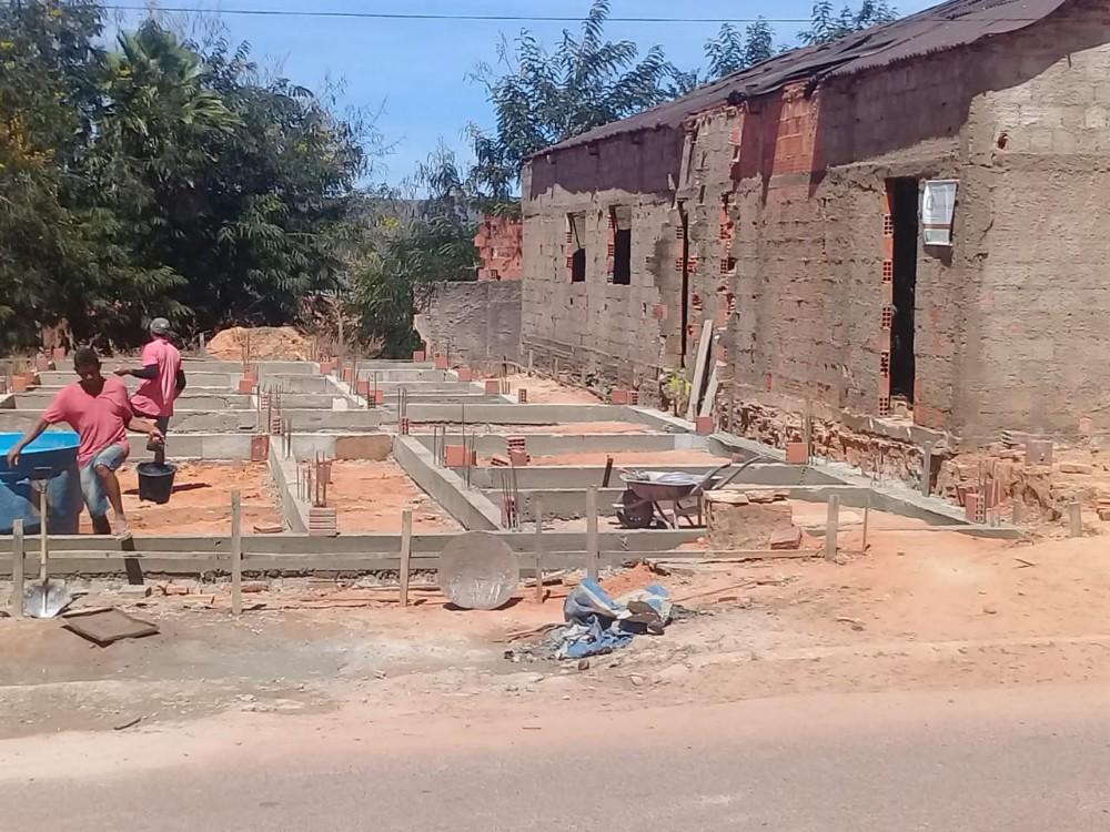 Casa Paroquial está sendo construída em Barreiras do Piauí