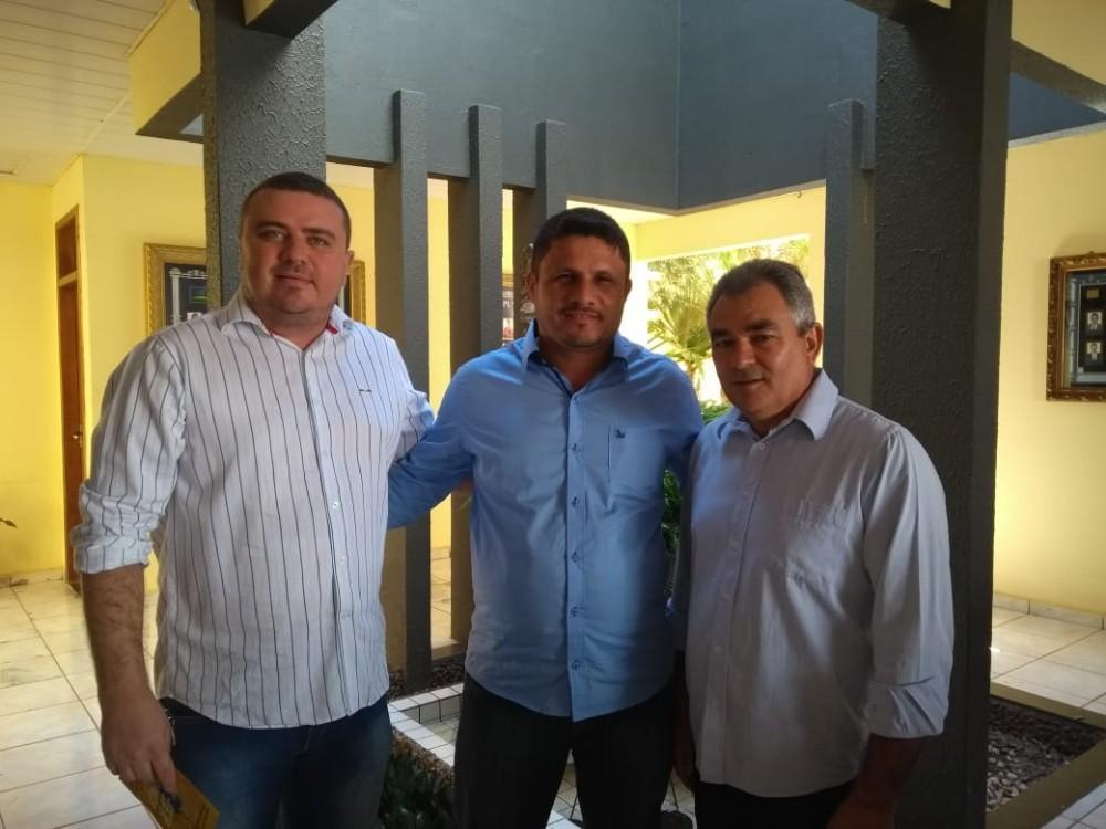 Vereador Nestor Elvas é eleito vice-presidente da Avespi