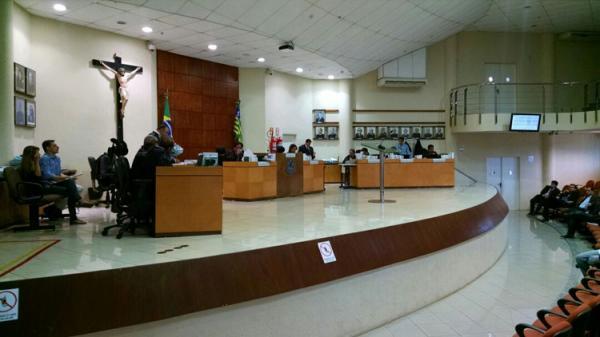 Eleições: Pré-candidatos iniciam período de convenções e disputa por cargos