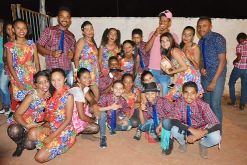 Escola de São Gonçalo realiza animado Arraiá