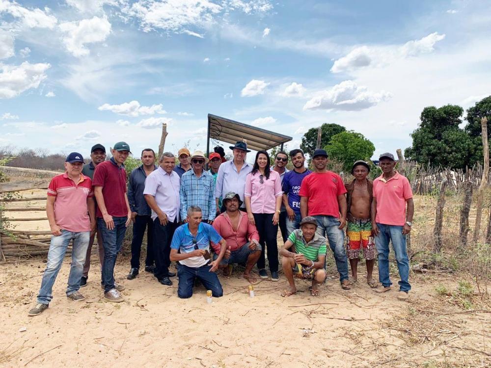 Avelino Lopes aciona seus poços artesianos com energia solar