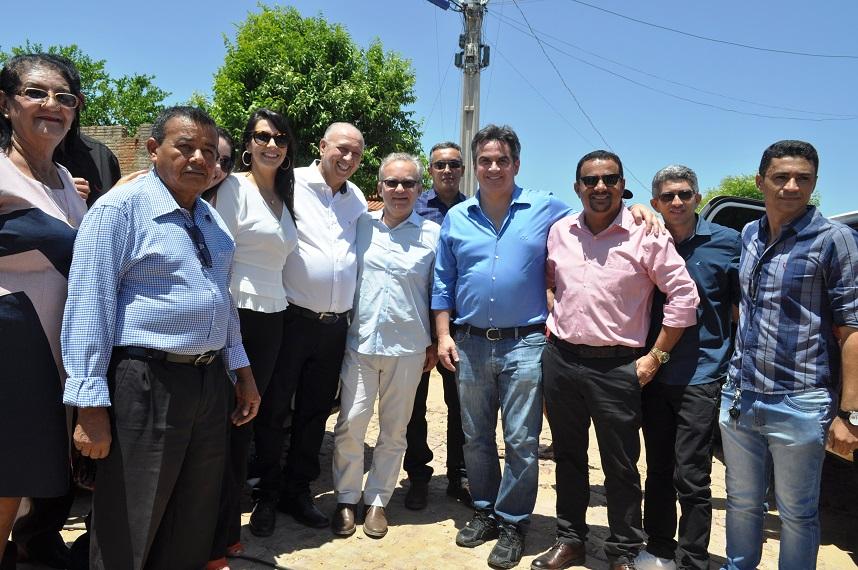 Prefeito de Avelino Lopes encontra-se com o senador Ciro Nogueira