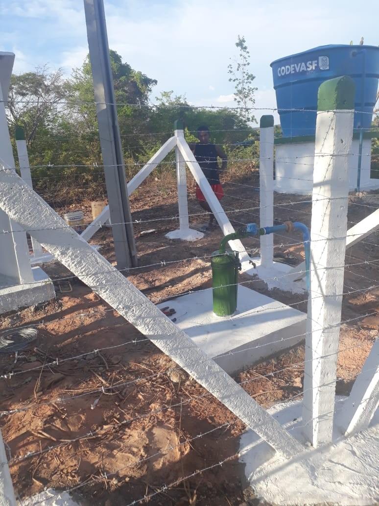 Prefeito Raimundo Santos entrega poços equipados no Sobradinho e Laranjeiras