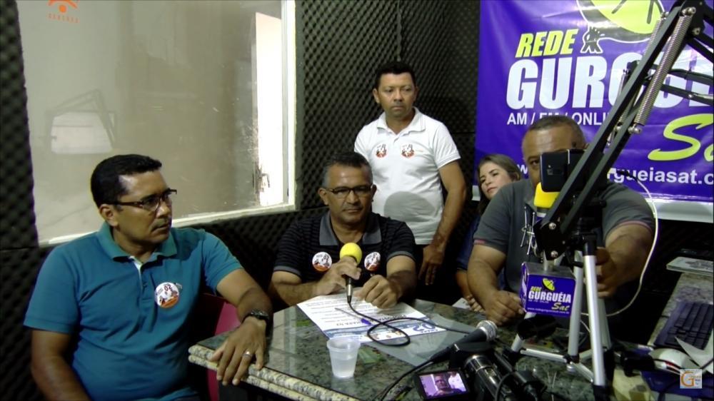 Entrevista ao radialista Samuel Barbosa.
