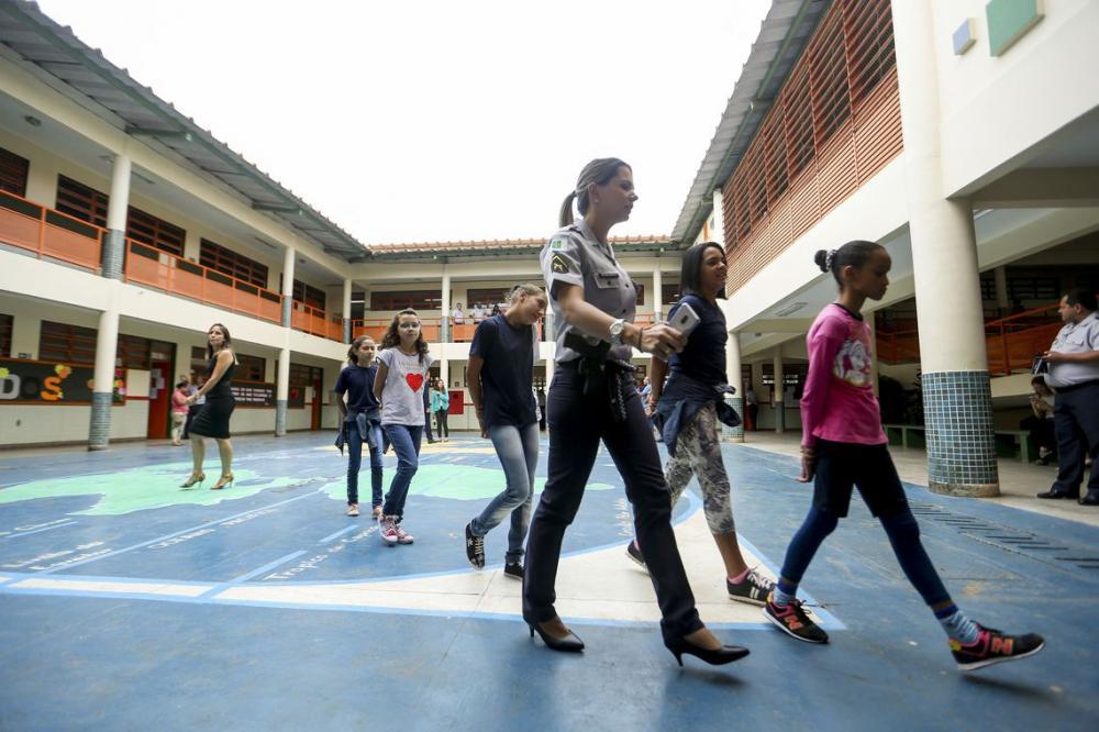 Piauí fica de fora do programa cívico-militar e perde R$ 1 milhão por escola