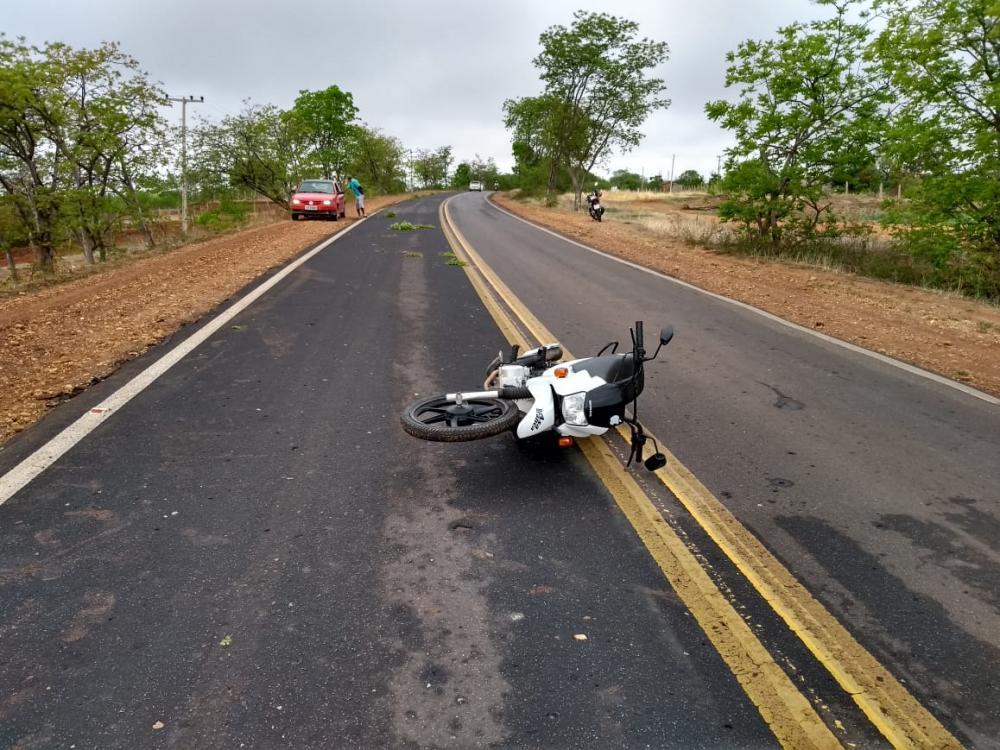 Jovem morre em grave acidente de moto na BR-135 em Monte Alegre