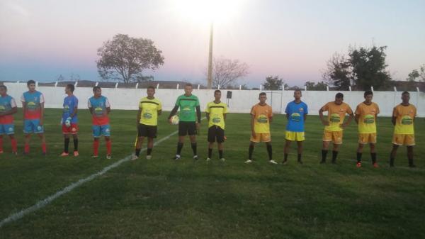 Campeonato municipal em Monte Alegre inicia-se com público recorde