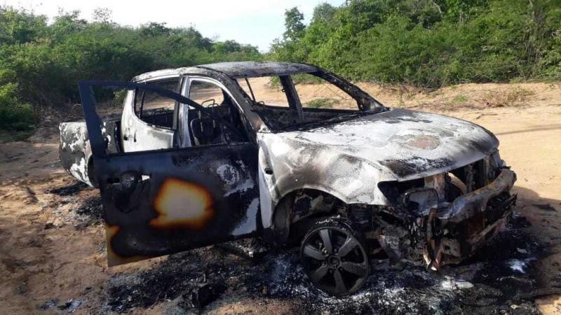 Empresário fica ferido após caminhonete explodir em Currais