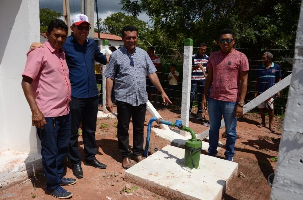 Raimundo Santos inaugura importantes obras em Currais