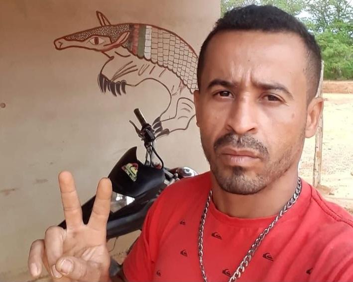 José Batista da Silva, 'vulgo Tatu', está foragido.