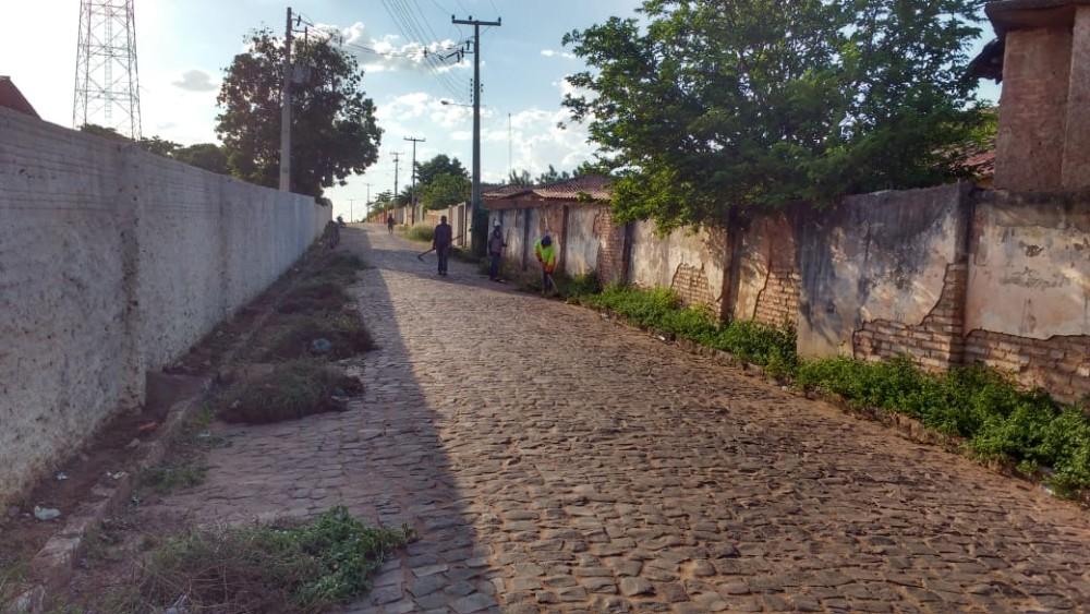 Limpeza pública: Operação 'Pente Fino' é iniciada em Manoel Emídio