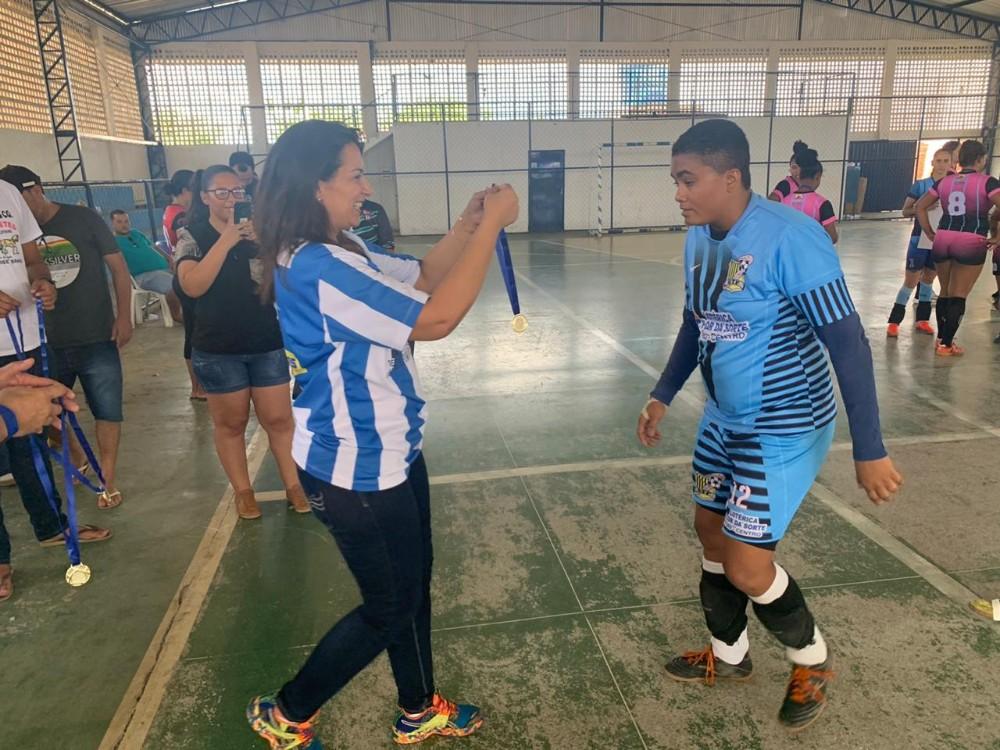 Avelino Lopes sedia torneio feminino de futsal entre Piauí e Bahia