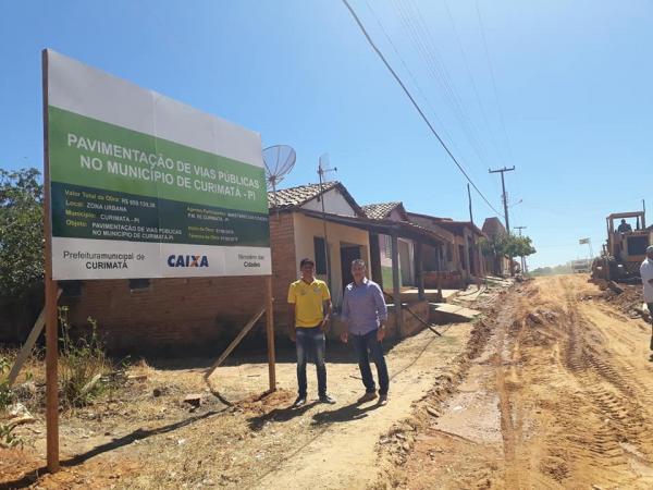Ministério das cidades libera verba para calçamento em Curimatá
