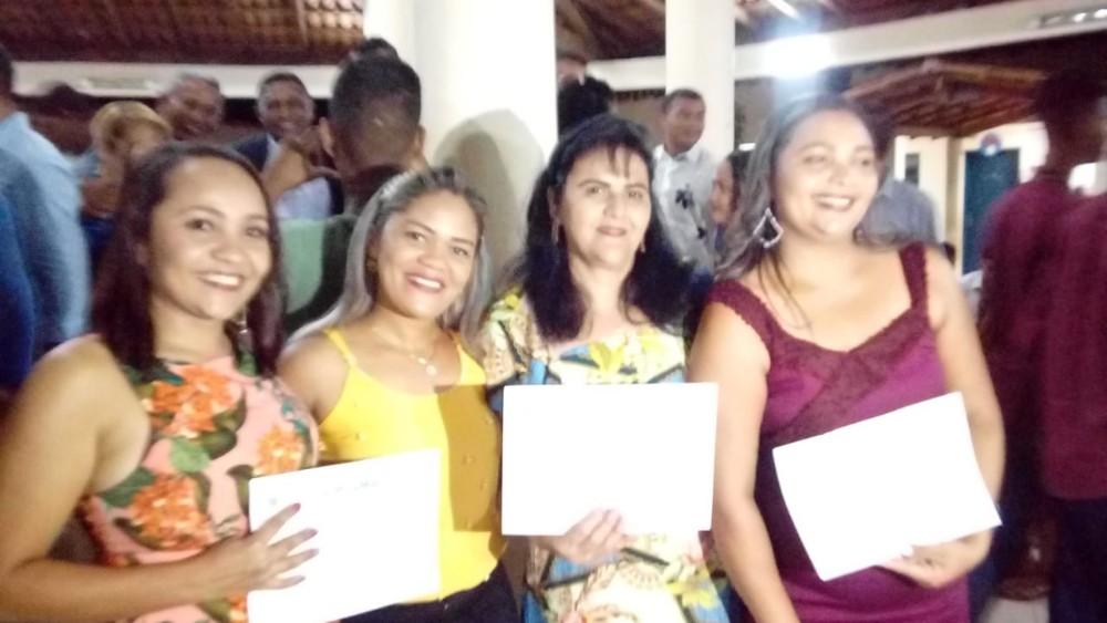 Iara participa da posse dos novos conselheiros de Gilbués