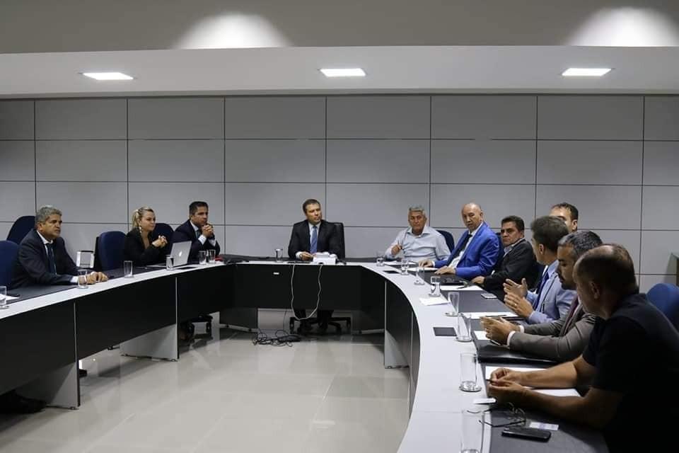 Prefeitos do extremo Sul se reúnem com presidente do Banco de Brasília