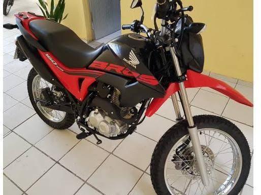 Motocicleta furtada.