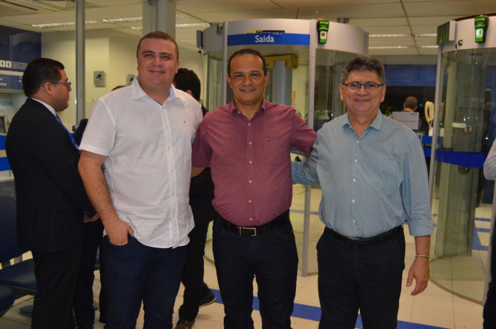 Nestor Elvas (à esquerda) destacou a importância da ação do banco.