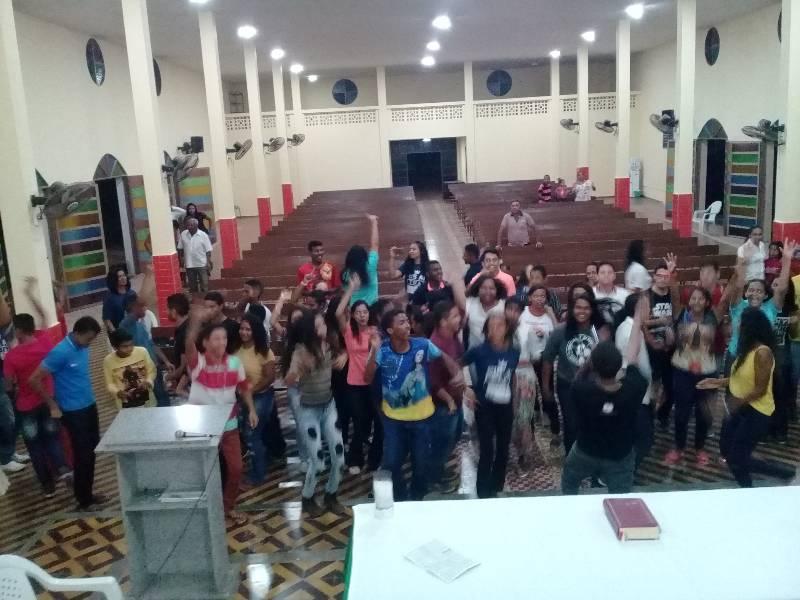 Retiro espiritual reúne dezenas de jovens em Gilbués