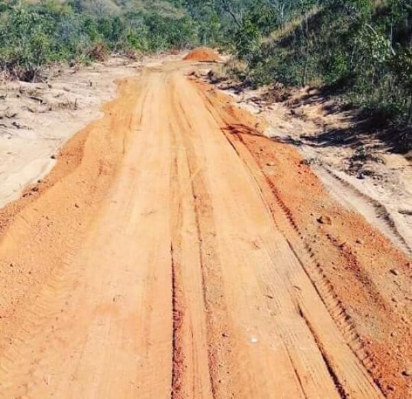 Prefeito de Santa Filomena faz visita a obras na zona rural