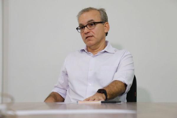 Firmino Filho declara voto a Ciro e Robert Rios