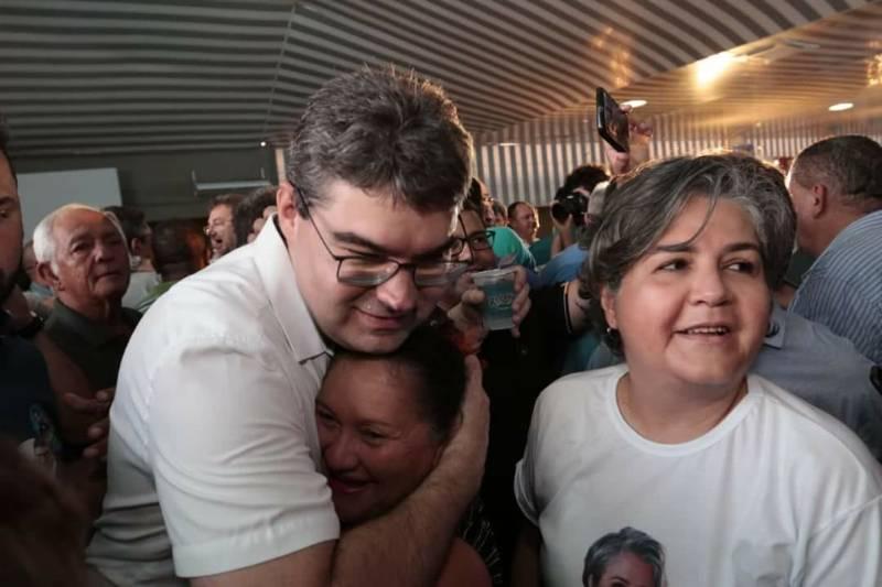 LUCIANO NUNES é oficialmente lançado candidato ao governo do Piauí