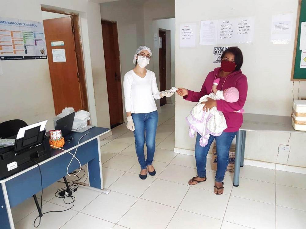 Saúde de Avelino Lopes distribui mais máscaras