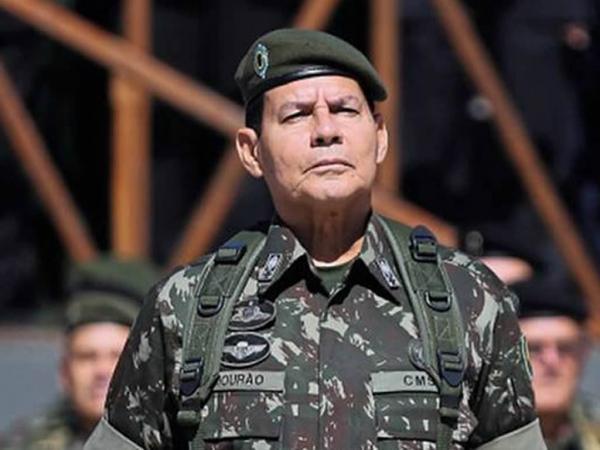 General Hamilton Mourão será vice na chapa de Jair Bolsonaro