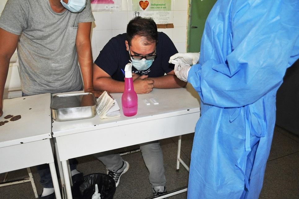 Secretaria de Saúde de Avelino Lopes testa motoristas para covid