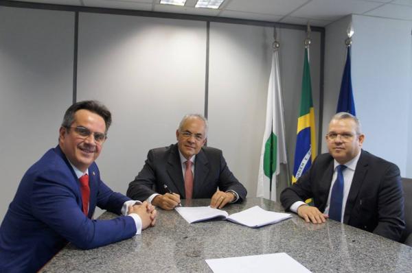 Ciro participa de duas reuniões importantes para o Piauí