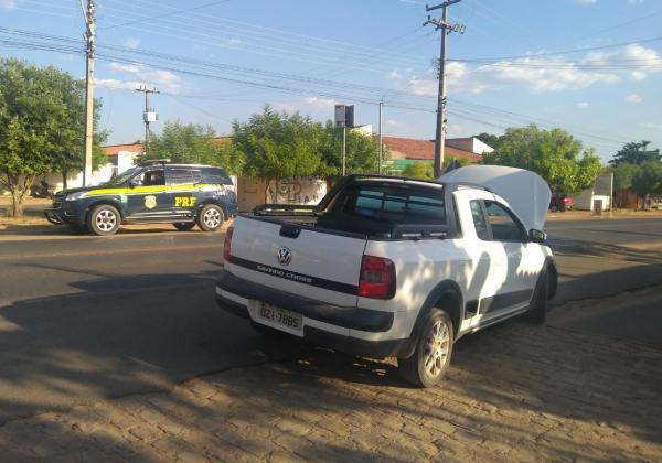 PRF recupera no Piauí carro roubado no estado da Bahia
