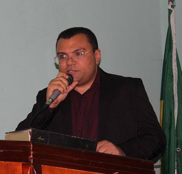 'Nosso trabalho incomoda os viciados em corrupção', rebate Dr. Macaxeira
