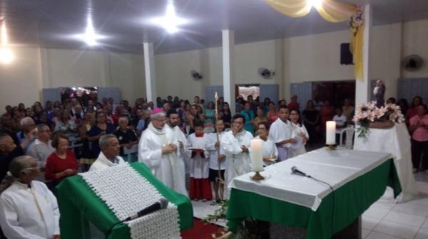 Bispo celebra nos Festejos de Santo Antônio em Gilbués