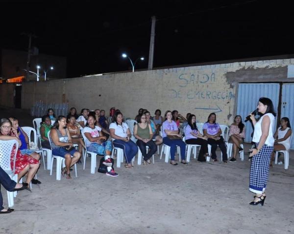 Assistência Social promove palestra sobre feminicídio em Bom Jesus.