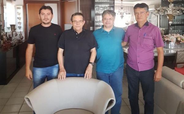 João da Cruz apresenta seus candidatos, Dr. Pessoa na lista