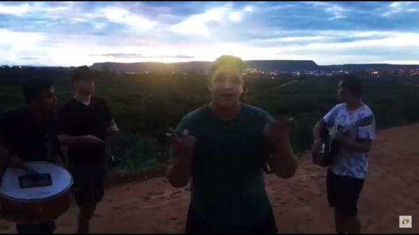 Grupo musical de Bom Jesus-PI faz sucesso nas redes sociais