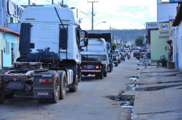 Carreata de apoio à greve dos caminhoneiros em Bom Jesus-PI