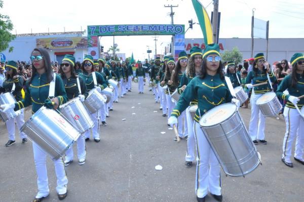 Apresentação da banda N. Senhora das Mercês no Desfile Cívico em BJ