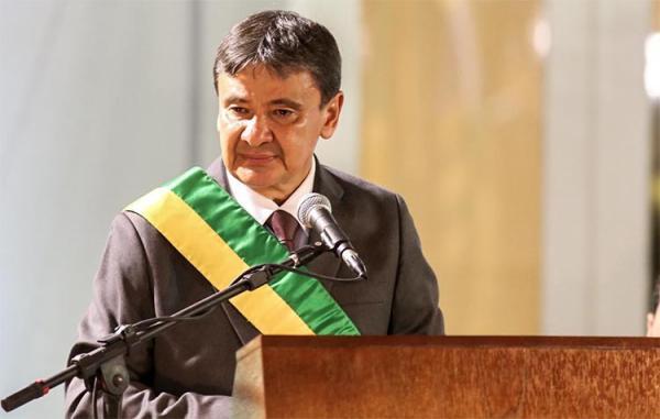 Wellington Dias encerrou o discurso pedindo saúde para administrar o estado e elevar o IDH do Piauí.
