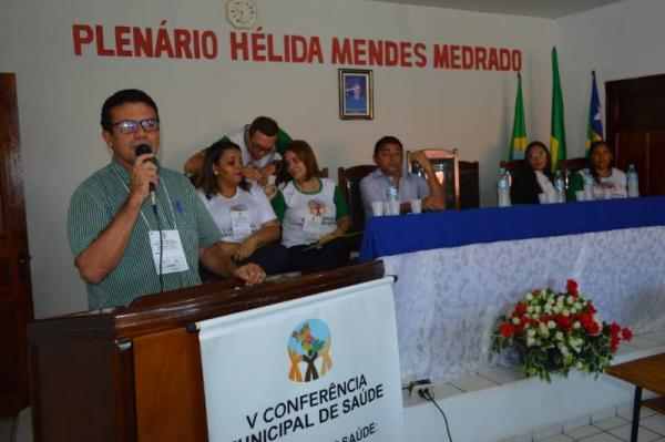 Raimundo Santos fala dos avanços na área da Saúde em Currais